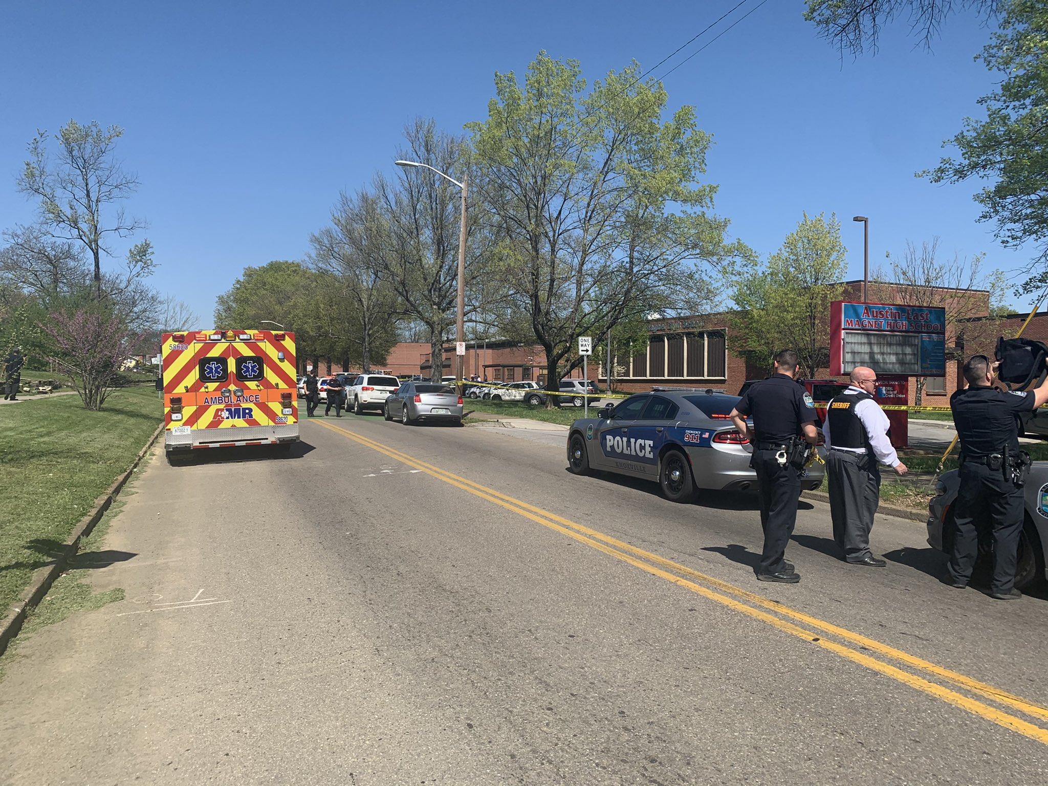 1 Dead in Tennessee High School Schooting