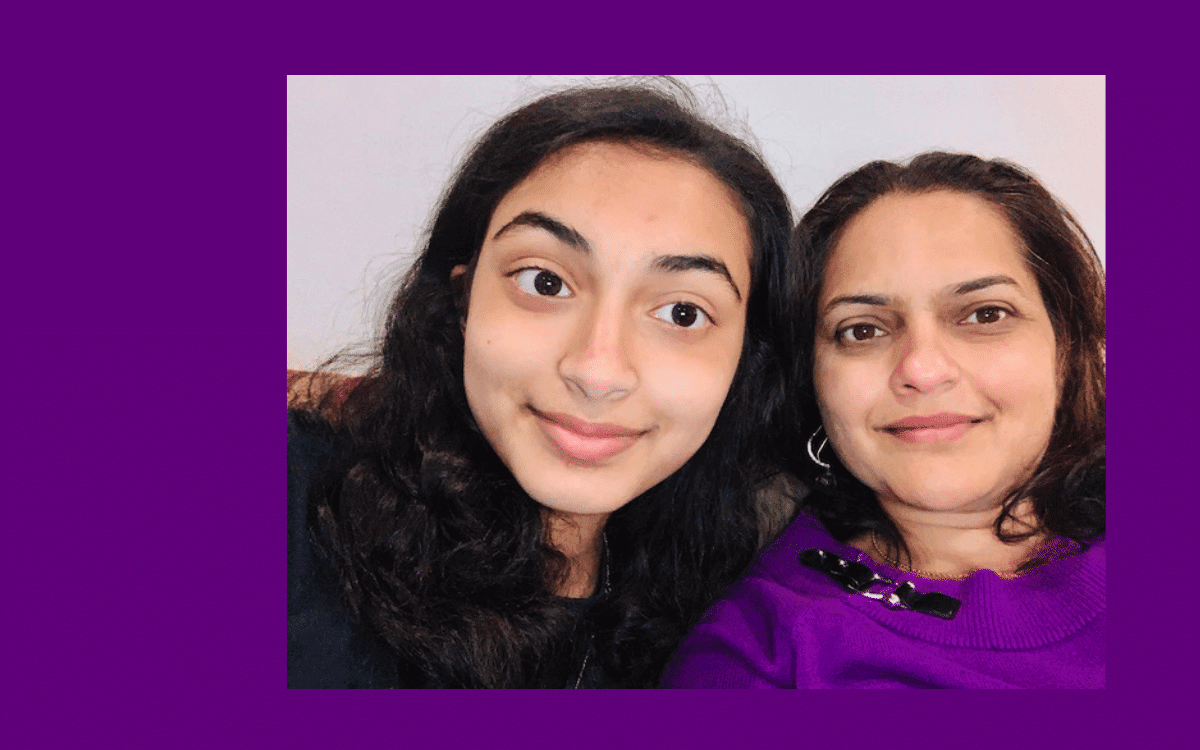 Sherya Prabhu poses with her mom for a selfie.